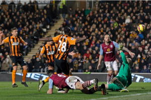 N'Doye gets it in the net at the second attempt